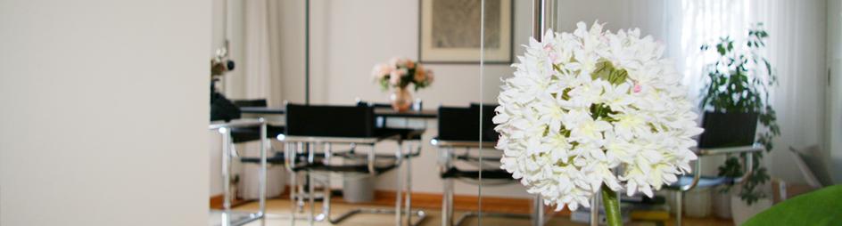 Sitzungszimmer & Blume